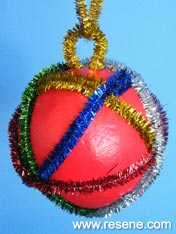 make Chrstmas decorations
